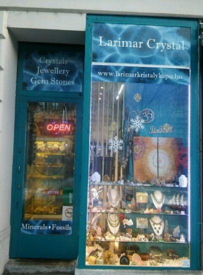 kristálybolt